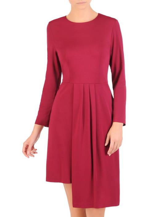 Asymetryczna sukienka z dzianiny, kreacja z ozdobnymi zakładkami 30573