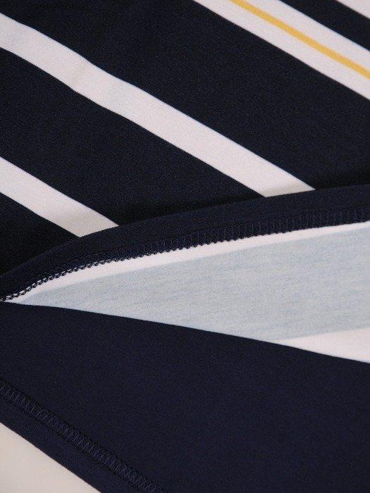 Bluzka w paski z ozdobną aplikacją 25569