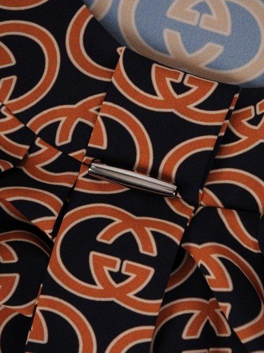 Bluzka z ciekawym geometrycznym nadrukiem 24767