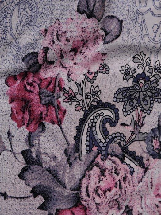 Bluzka z modnymi zakładkami Tomira II
