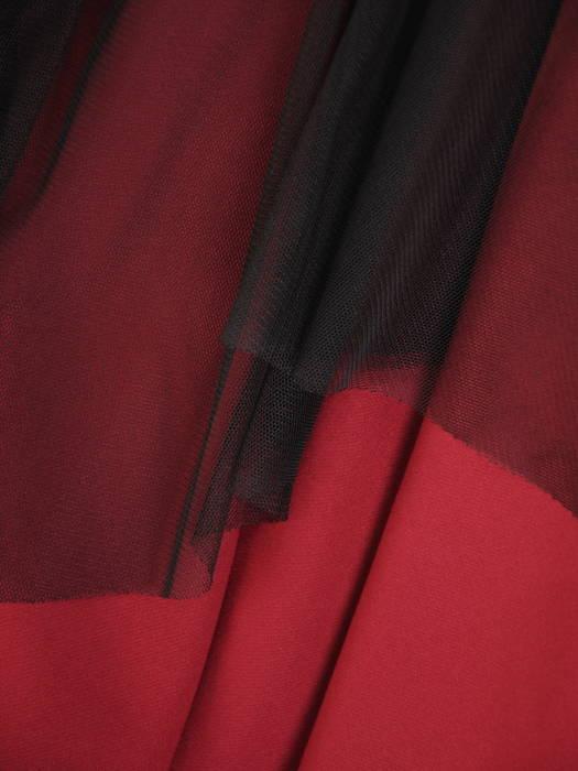 Bordowa sukienka z ozdobną, koronkową górą 30803