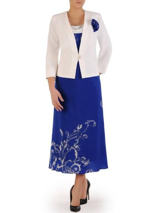 Chabrowa sukienka z białym żakietem, modna kreacja na wiosnę 28391