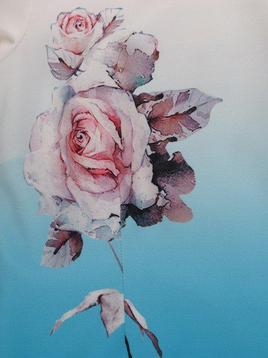Cieniowana sukienka z kwiatowym nadrukiem 16917