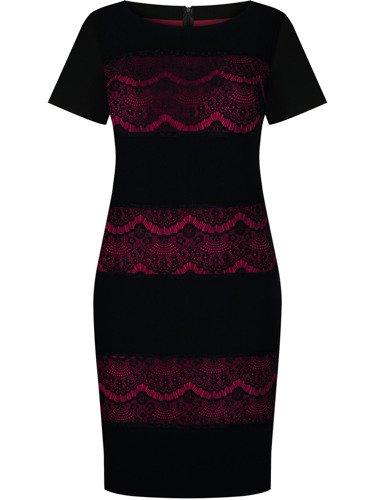 Czarna sukienka Lukrecja III, kreacja wizytowa z koronkowymi wstawkami.