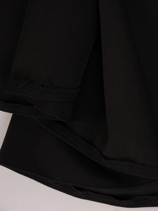 Czarna sukienka maxi z błyszczącą aplikacją w talii 22762
