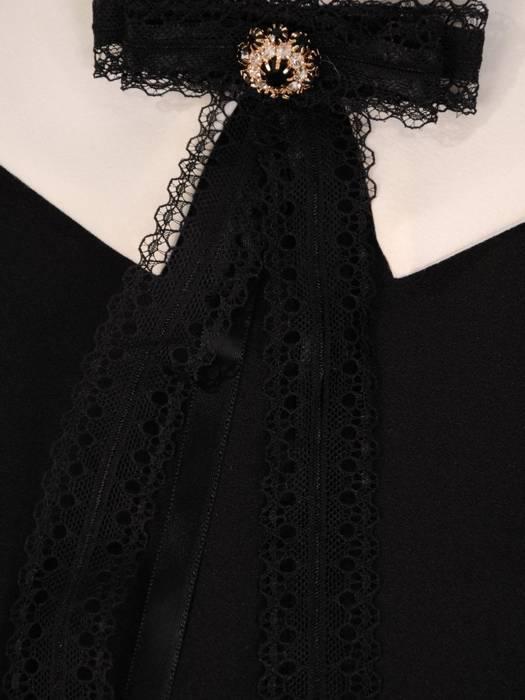 Czarna sukienka rozkloszowana z kołnierzykiem 28245