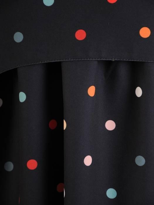 Czarna sukienka w kolorowe groszki, luźna kreacja z tkaniny 26826