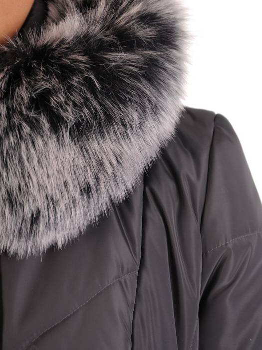 Długi płaszcz z pikowanej tkaniny 18315.