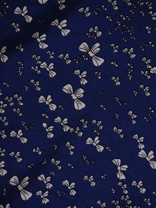 Elegancka bluzka z efektownie pomarszczonym dekoltem 15698