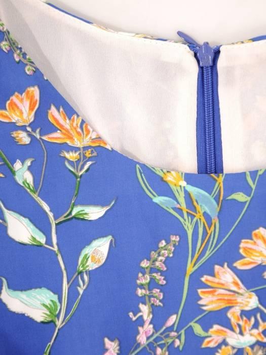Elegancka sukienka w kwiaty, kreacja z falbanami 29664