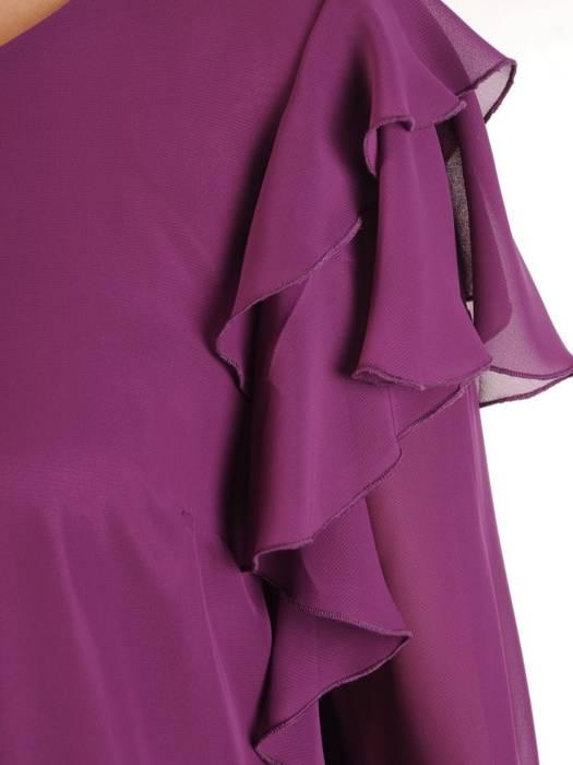 Fioletowa sukienka z ozdobnymi falbankami na rękawach 28973