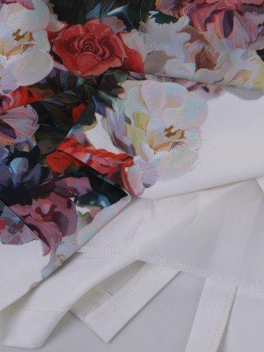 Jasna sukienka z kwiatowym, wyszczuplającym nadrukiem 14667.