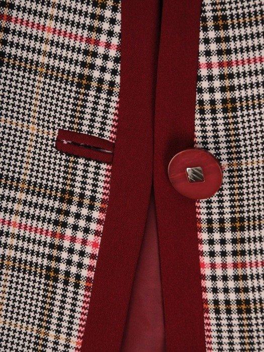 Klasyczna garsonka z kraciastym żakietem i bordową spódnicą 25869