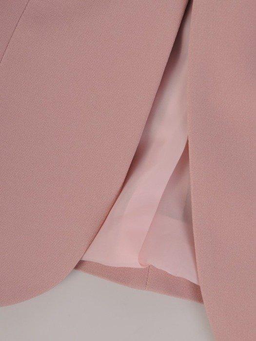 Kolekcja 28353, wyjściowe sukienki, żakiety i spodnie w kolorze pastelowego różu
