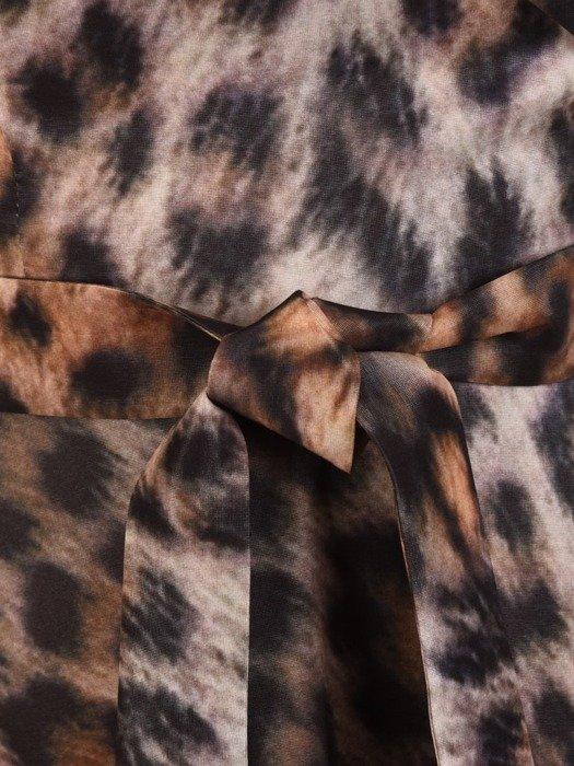 Kopertowa sukienka w zwierzęcym wzorze, kreacja z paskiem 23802
