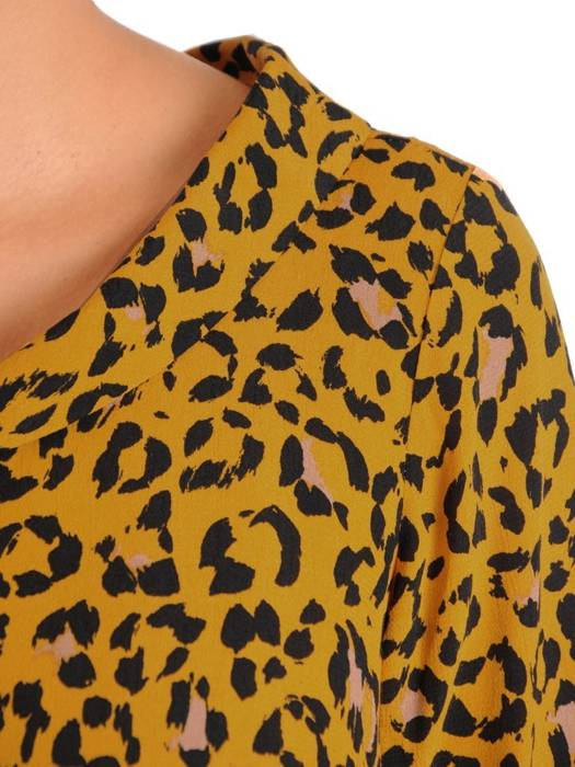 Luźna sukienka z kontrafałdą, oryginalna kreacja z golfem 27514