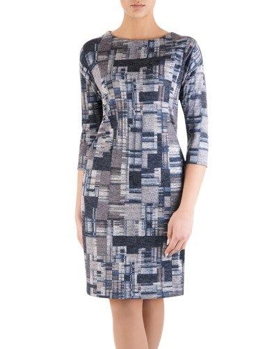 Nowoczesna sukienka z kieszeniami 14519, dzianinowa kreacja w modny wzorek.