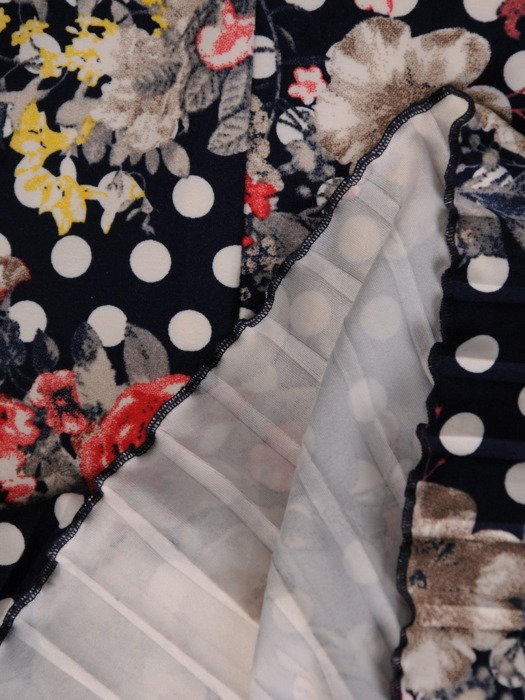 Plisowana sukienka w kwiaty i grochy, kreacja z bawełny 20199