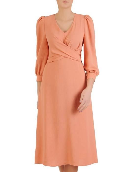 Pomarańczowa kreszowana sukienka z ozdobnym wiązaniem w pasie 29036