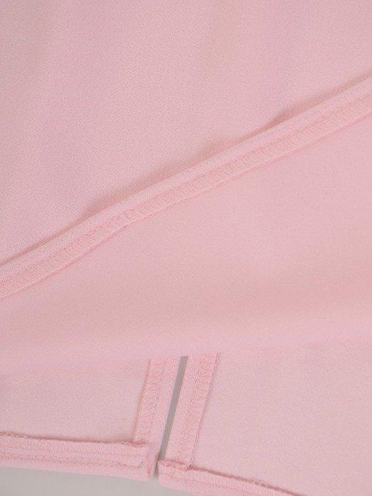 Prosta sukienka z głębokim dekoltem, pudrowa kreacja na jesień 22463