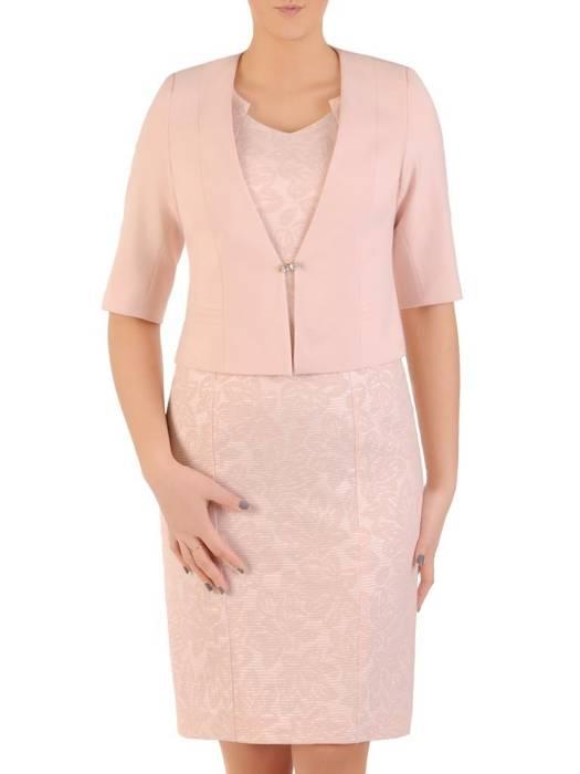 Pudrowy kostium damski z wytłaczaną sukienką 28784