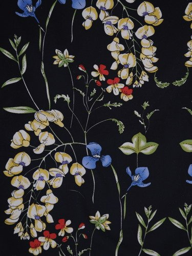 Romantyczna sukienka z szyfonu 14939, wiosenna kreacja w kwiaty.