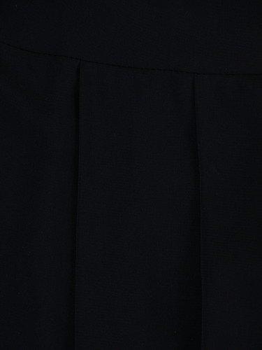 Rozkloszowana sukienka Izaura IV, kreacja w kolorze czarnym.