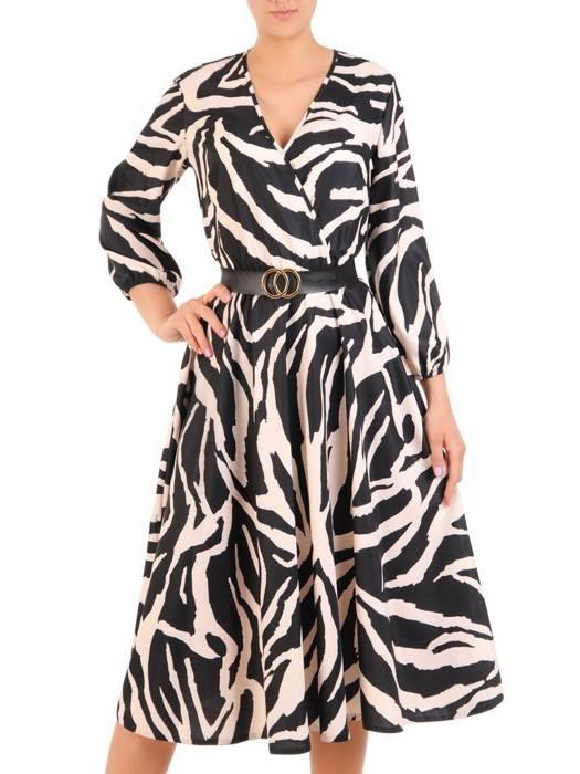 Rozkloszowana sukienka z kopertowym dekoltem, kreacja z paskiem 29793