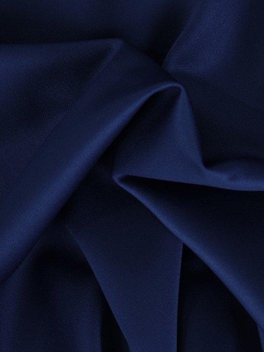Satynowa sukienka z szeroką falbaną, kreacja w kolorze chabrowym 19348