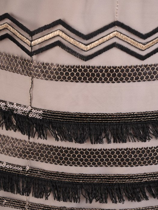 Sukienka damska 19101, wyszczuplająca kreacja z koronki i tkaniny.