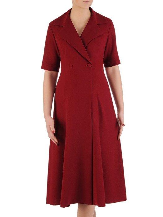 Sukienka damska 19325, bordowa kreacja w kopertowym fasonie.