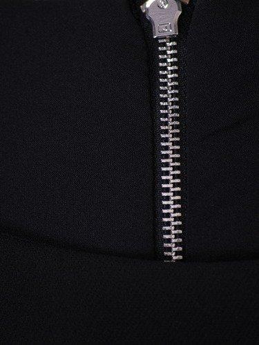 Sukienka damska Dioneza, czarna kreacja z modnymi rękawami.