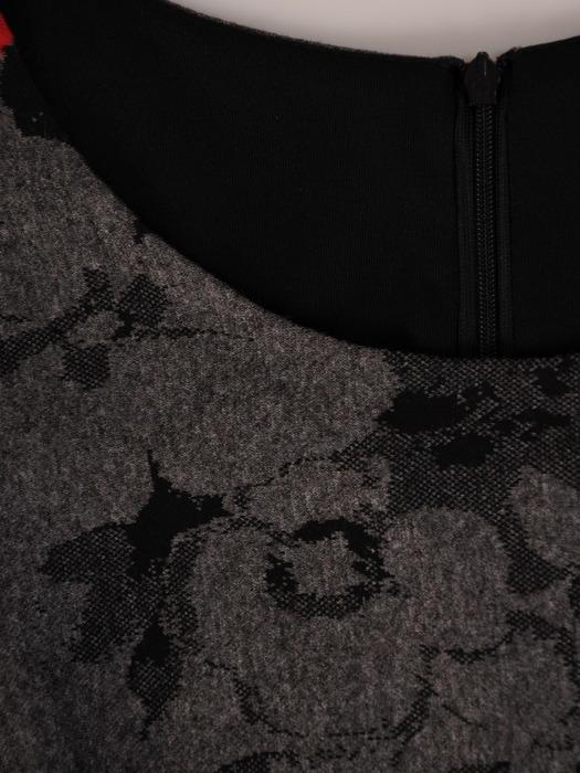 Sukienka damska Krystyna XXVIII, wyszczuplająca kreacja z kominem.
