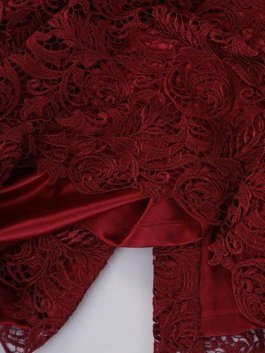 Sukienka damska Safira XIII, elegancka kreacja z koronki.