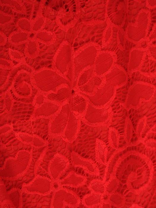 Sukienka koktajlowa maksi, czerwona kreacja z koronkową górą 30880