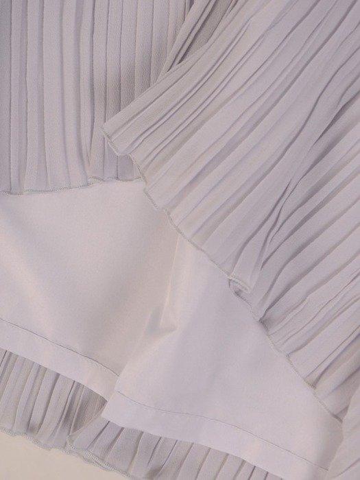 Sukienka koktajlowa, popielata kreacja z ozdobnymi falbanami 26272