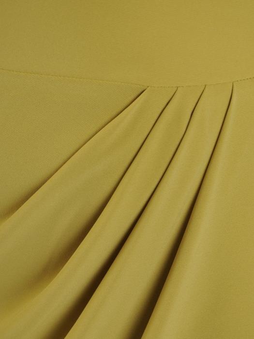 Sukienka kopertowa, pistacjowa kreacja z marszczeniami 20889.