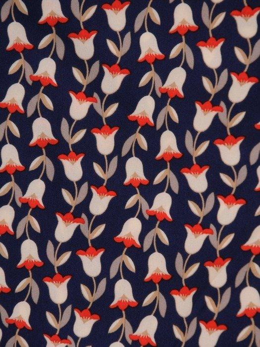 Sukienka kopertowa, wiosenna kreacja w modnym wzorze 25624