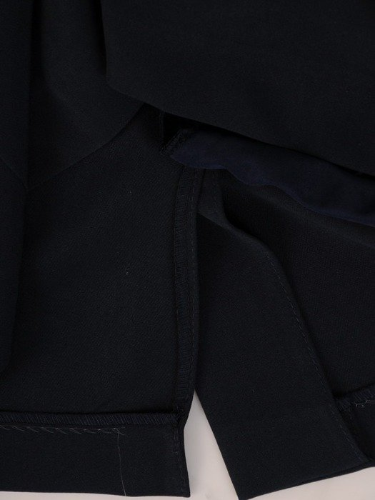 Sukienka kopertowa, wyszczuplająca kreacja z tkaniny 25468