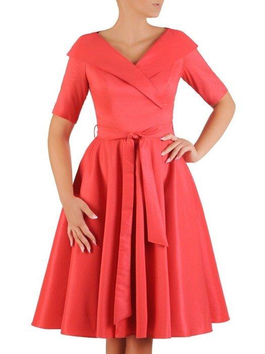 Sukienka rozkloszowana, elegancka kreacja z paskiem 26700