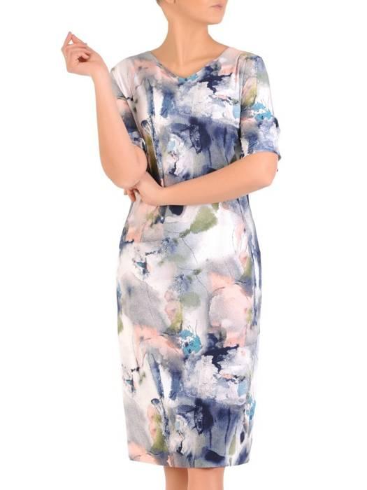Sukienka w ciekawy wzór, prosty fason z dekoltem w serek 28923