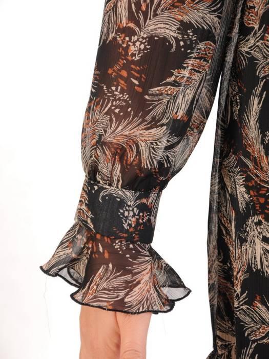 Sukienka w wyszczuplającym fasonie, modna kreacja z mankietami 27113
