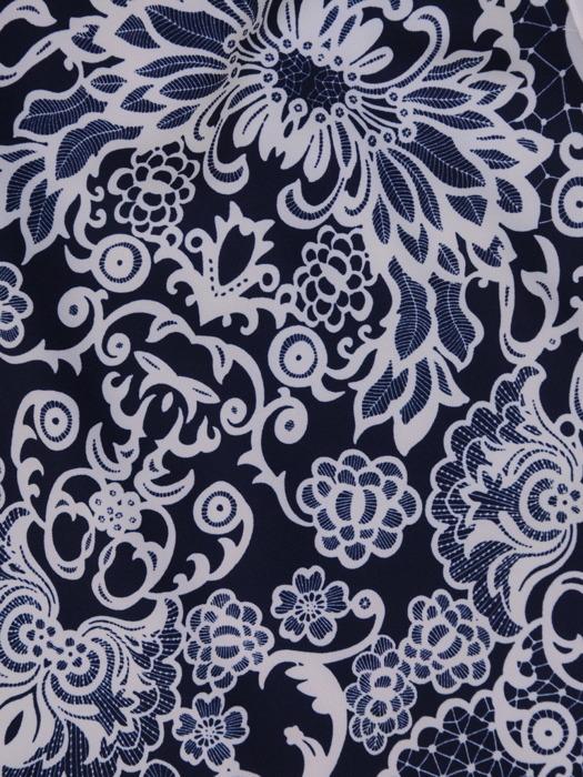 Sukienka wyszczuplająca, modna kreacja z wiązaniem na dekolcie 20937.