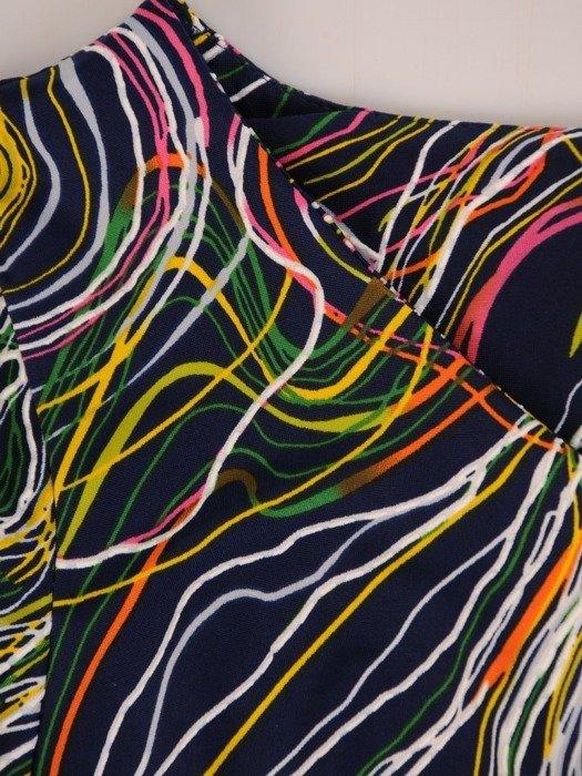Sukienka z dzianiny, prosta kreacja w oryginalnym wzorze 26215