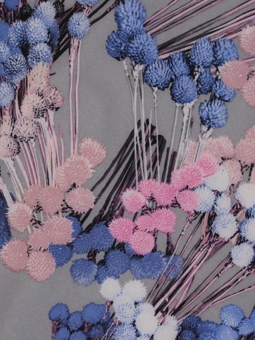 Sukienka z paskiem, zwiewna kreacja w kwiaty 21278.