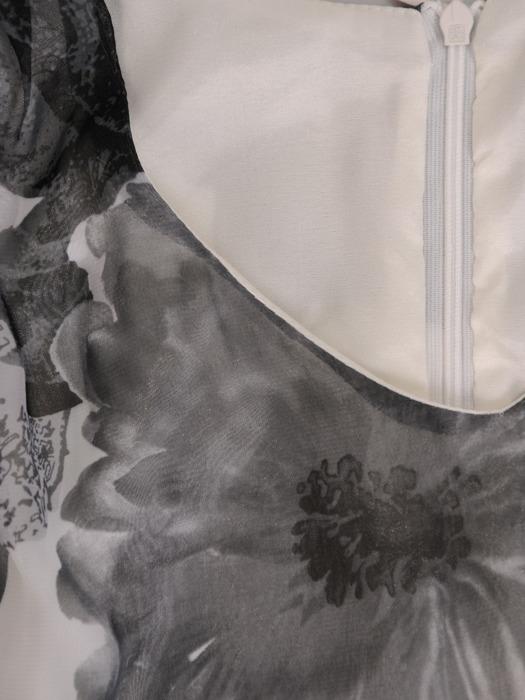 Sukienka z szyfonu, zwiewna kreacja w kwiaty 21591.
