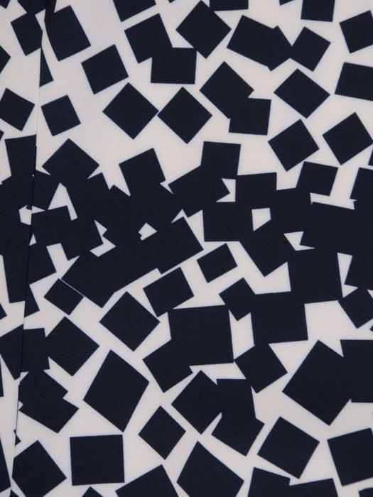 Sukienka z tkaniny, prosta kreacja w wyszczuplającym wzorze 25648