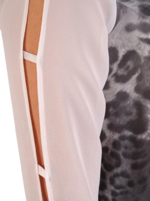 Sukienka z wzorzystego szyfonu, kreacja z ozdobnymi rękawami 21734