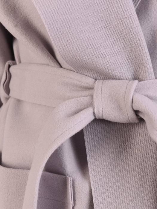 Szary płaszcz damski wiązany w pasie 29026