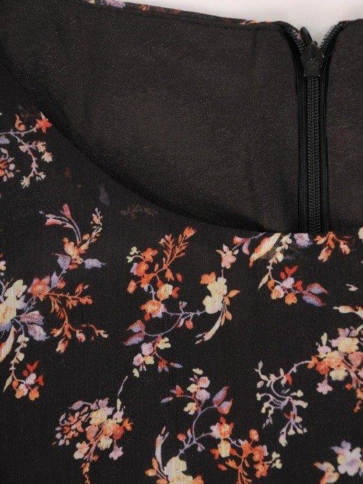 Szyfonowa sukienka o trapezowym kroju, kreacja z oryginalnym nadrukiem 24027